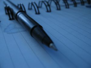 53050_pen_paper_close_up