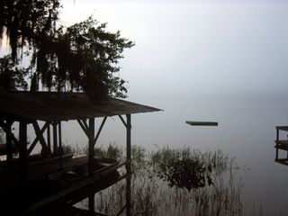 Boathouse_fog