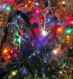 Christmas_ornament_green_268996_l