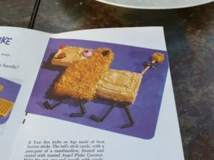 What the lion cake was supposed to look like.
